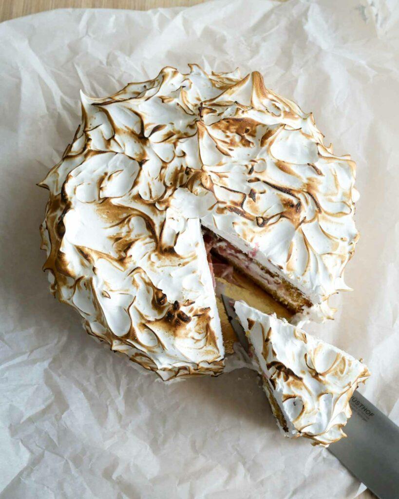 gateau meringue rhubarbe nigella lawson